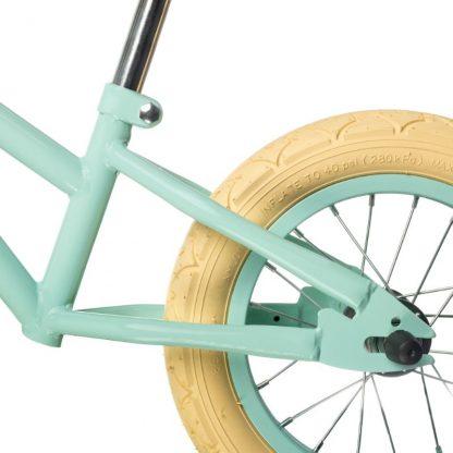 "Bicicleta Sin Pedales de Aprendizaje Mundo Petit 12'5"" - Mint Detalle Rueda"