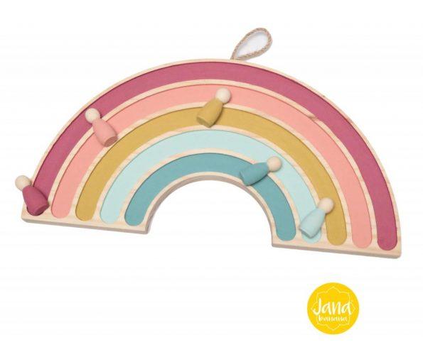 arcoiris-decoracion-con-nins-en-tonos-pastel-JanaBanana-scaled-1.jpg