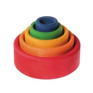 boles-apilables-de-madera-colores-arcoiris-red-JanaBanana