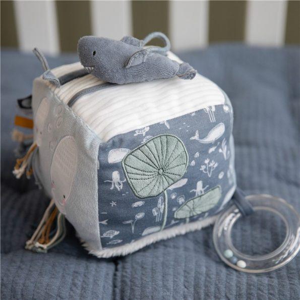 cubo-blandito-de-actividades-para-bebe-azul-little-dutch-JanaBanana-9