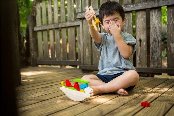 juego-madera-equilibrio-plantoys.jpg