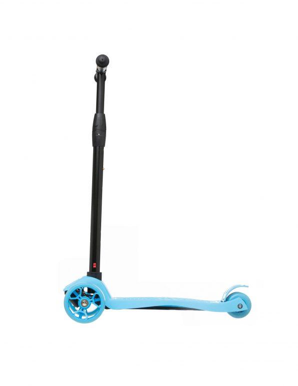 patinete-con-asiento-azul-5-años-scaled-1.jpg