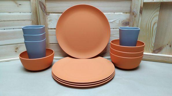 vajilla-de-bambu-apta-para-microondas-de-color-naranja-scaled-1.jpg