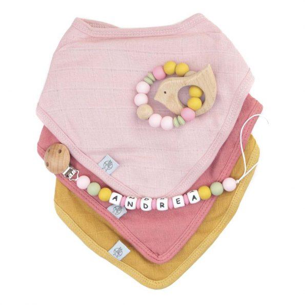 pack regalo bebe bandana rose chupetero mordedor personalizado JanaBanana